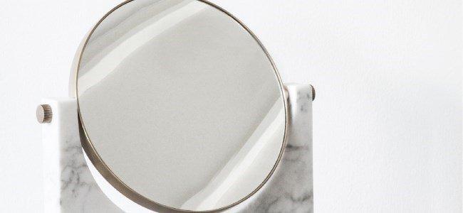 pepe espelho em marmore