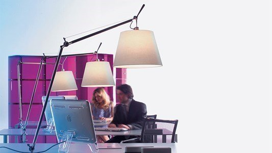 candeeiro artemide tolomeo table